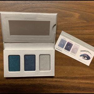 Makeup - Truly Vibrant Ocean Blue Eyeshadow Trio
